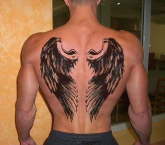 Фото тату крылья ангела на спине у мужчин